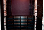 stained-mahoganny-cellar-02